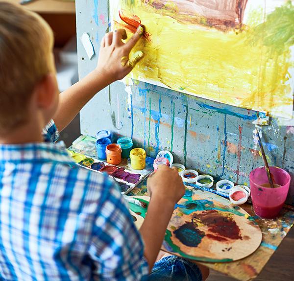 Little Boy In Art Therapy YEFUVA2